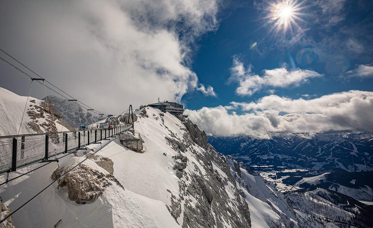 Copyright del ghiacciaio del Dachstein shutterstock.com / martin valigursky